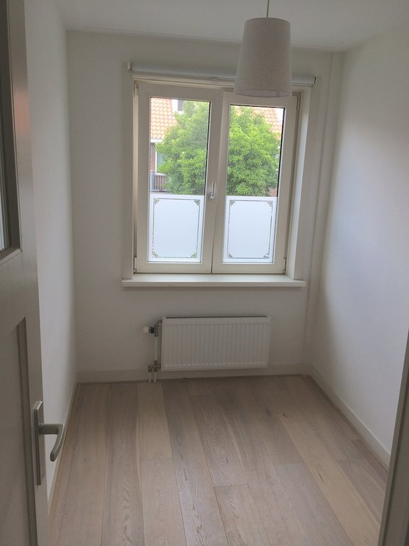 Te huur : Woonhuis Kamerlingh Onnesstraat 17 in Haarlem